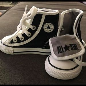 Baby converse NWOT